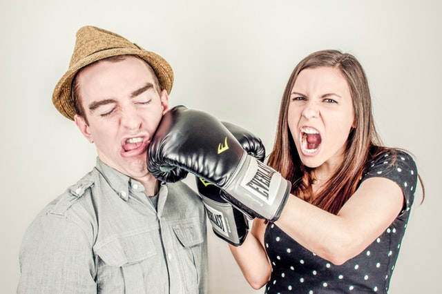 The 10 Ways to Calm Yourself Down During an Argument
